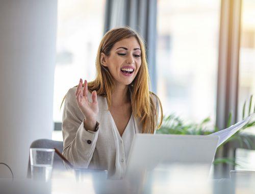 Patarimai, kaip pasiruošti darbo pokalbiui internetu